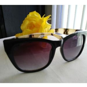 Betsy Johnson Tokyo Tort Sunglasses